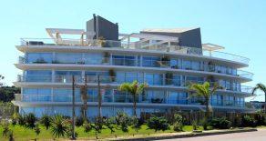 Uy  111  Departamento en alquiler Playa Bikini, Manantiales