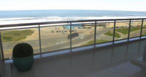 Uy  105 Departamento de primer nivel con excelente vista al mar